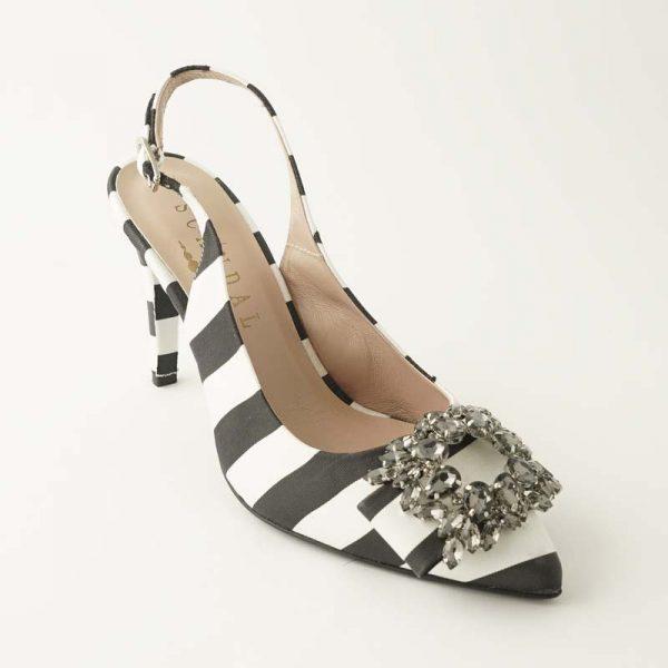Zapato joya blanco y negro