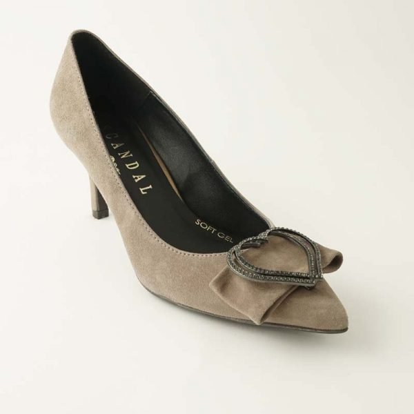 Zapato joya corazón arena