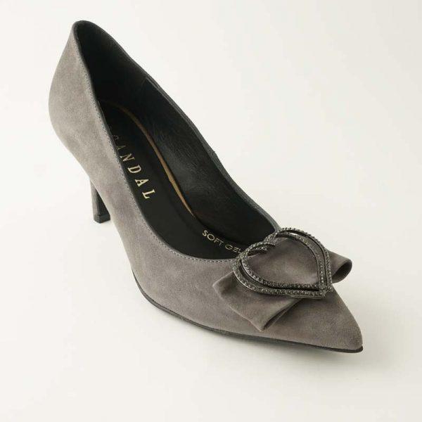 Zapato joya corazón gris