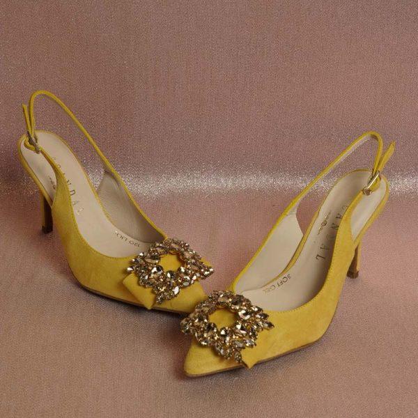 Zapato joya mostaza